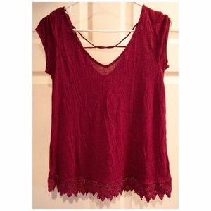 AMERICAN EAGLE Red Top